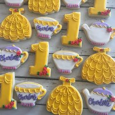 """3,767 Likes, 53 Comments - Hayleycakes And Cookies (@thehayleycakes) on Instagram: """"The sweetest beauty and the beast cookie set! My husbands out of town for three weeks and I need to…"""""""