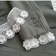 Kurti Sleeves Design, Sleeves Designs For Dresses, Dress Neck Designs, Sleeve Designs, Fashion Sewing, Diy Fashion, Ideias Fashion, Dress Sewing Patterns, Crochet Patterns