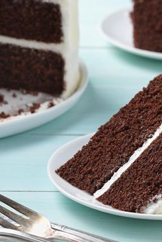 A moist, rich, extra chocolate cake that's quick and easy to prepare. A moist, rich, extra chocolate cake that's quick and easy to prepare. Decadent Chocolate, Chocolate Desserts, Different Cakes, Cupcake Cakes, Cupcakes, Cupcake Ideas, Cake Flour, Savoury Cake, Pretty Cakes