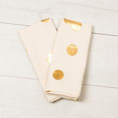 Online Gold Polka Dot Tea Towels at Shopankit