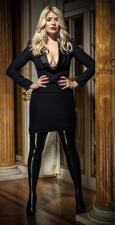 Holly Willoughby Legs, Holly Willoughby Outfits, Curvy Women Outfits, Clothes For Women, Kate Galloway, Spandex Girls, Latex Fashion, Fetish Fashion, Tv Presenters