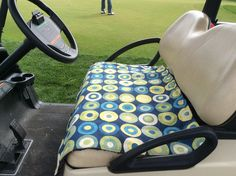 There& nothing worse than a scorching-hot golf car seat - except a freezing cold one. Here& sewing instructions to make a golf car seat cover of your own. Golf Cart Seat Covers, Golf Cart Seats, Golf Carts, Car Seats, Sewing Hacks, Sewing Projects, Sewing Tips, Sewing Box, Sewing Ideas