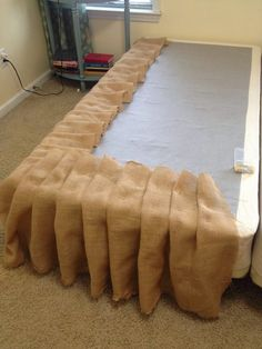 Southern House Restoration: DIY Burlap Bedskirt Tutorial Like the idea. Not burlap though Home Bedroom, Bedroom Decor, Bedrooms, Macrame Curtain, Burlap Crafts, Burlap Projects, Southern Homes, Shabby Chic Decor, My Room