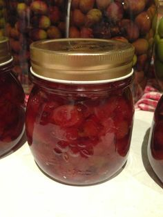 Pickled Tink: Lilly Pilly Jam