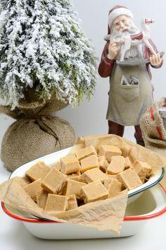 Toffee, Jamie Oliver, Toblerone, Sweets Cake, Cake Cookies, Christmas Presents, Oreo, Cake Recipes, Bakery