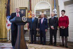 Opinion | Crackpots and political dunces ruin the GOP's economic agenda