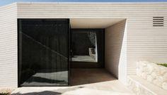 01-1_blog_kroatische-kalkstein-fassade-riemchen-_-stone-atelier-ag