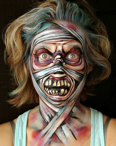 50 Easy Halloween Face Painting Ideas For Adults - Fashion Hombre Easy Halloween Face Painting, Adult Face Painting, Cool Halloween Makeup, Scary Makeup, Halloween Looks, Sfx Makeup, Mummy Makeup, Costume Makeup, Horror Make-up