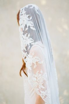 For a wedding in a French chateau or Tuscan vineyard an embroidered or lace veil is the perfect accessory. Source: Brumley & Wells. #weddingveil