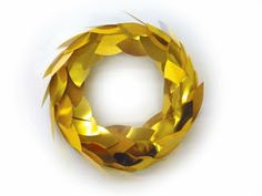 gold leaf wreath