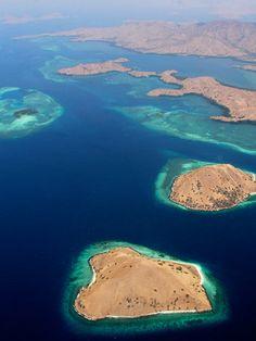 Vue aérienne du Parc National de Komodo, Indonésie