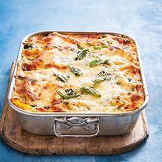 Spinach and Sweet Potato Lasagna Recipe Sweet Potato Lasagna Recipe, Veggie Lasagna, Vegan Main Dishes, Pizza Recipes, Pasta Dishes, Vegetable Recipes, Entrees, Meal Prep, Good Food