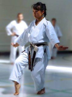 The Basics Of Judo – Martial Arts Techniques Karate Kata, Shotokan Karate, Kyokushin Karate, Dojo, Yoga Hair, Ju Jitsu, Karate Girl, Martial Arts Women, Martial Artists