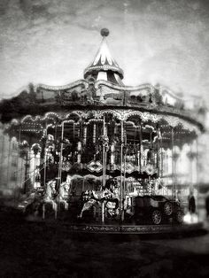 Night Circus Carousel - Cirque by Ashleigh Haunted Carnival, Creepy Carnival, Dark Circus, Clowns, Arte Punch, Night Circus, Merry Go Round, Carousel Horses, Big Top