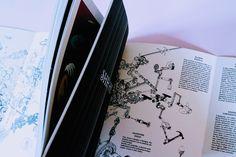 B comics ★ Fucilate a strisce. SHHH! Comics, Euro, Cartoons, Comic, Comics And Cartoons, Comic Books, Comic Book, Graphic Novels, Comic Art