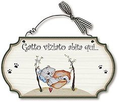 Aracne Italy targhette country in legno da appendere GATTO VIZIATO Country Paintings, Wooden Projects, Wood Art, Cat Lovers, Origami, Diy And Crafts, Pastel, Printables, Scrapbook