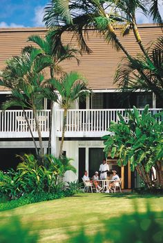 Hawaii's Outrigger Kiahuna Plantation