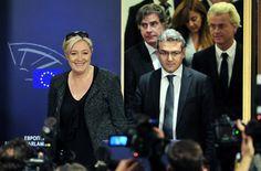 A crise do socialismo europeu e seus reflexos pelo mundo | #Extremistas, #RevoluçãoCubana, #Revoluções, #Socialismo, #Xenofobia