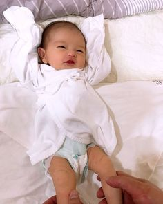 Cute Asian Babies, Korean Babies, Asian Kids, Cute Babies, Cute Family, Baby Family, Cute Baby Boy, Cute Kids, Ulzzang Kids