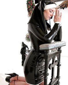 Монашка была проституткой джомтьен проститутки