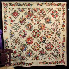 Awesome reproduction of a Baltimore Album quilt c. 1840 by Barbara Hardie (Australia)