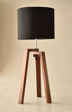 Table Triple Lamp, Buro, Nordic Minimalist Desk - All For Decoration Wooden Floor Lamps, Wooden Lamp, Woodworking Projects Diy, Diy Wood Projects, Lamp Design, Wood Design, Diy Furniture, Furniture Design, Diy Lampe