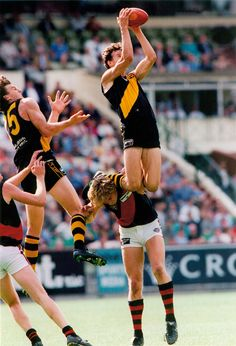 David Bourke marking over James Hird. Australian sports photograph of the year 1996