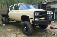 Excellent work trucks info is available on our site. Flatbed Truck Beds, Dually Trucks, Chevy Pickup Trucks, Gm Trucks, Chevy Pickups, Diesel Trucks, Cool Trucks, Chevy 4x4, Sterling Trucks