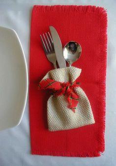 Christmas 2017, Rustic Christmas, All Things Christmas, Christmas Crafts, Christmas Ornaments, Burlap Crafts, Diy And Crafts, Navidad Diy, 242