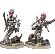 working on some female sslyth bodyguards for my archoness :p love those medusa snake tails , also used the hair Warhammer Paint, Warhammer Models, Warhammer Fantasy, Warhammer 40000, Eldar 40k, Dark Eldar, 28mm Miniatures, Fantasy Miniatures, Elf Warrior