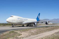 Aeronava Boeing General Electric a ajuns la muzeu (Foto / Video) Boeing 747, General Electric, Tucson, The 100, Aircraft, Vehicles, Aviation, Plane, Airplanes