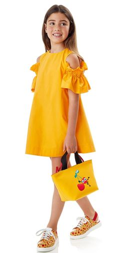 Discover our Fendi kids range including logo t-shirts, Fendi kids shoes, coats and more for girls and boys. Shop our extensive Fendi kids collection now. Little Girl Outfits, Little Girl Fashion, Kids Outfits, Kids Fashion, Frock Design, Baby Girl Dresses, Cute Dresses, Baby Dress Patterns, Kids Frocks