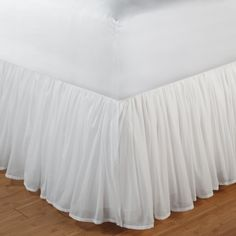 online shopping for Green Land Cotton Voile White Bed Skirt 18 Queen from top store. See new offer for Green Land Cotton Voile White Bed Skirt 18 Queen Ruffle Bed Skirts, Ruffle Bedding, Cotton Bedding, White Bedding, Bedding Sets, Echo Bedding, Neutral Bedding, Red Bedding, King Comforter