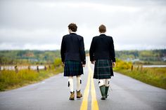 Love the kilts in the Canadian Thanksgiving wedding!