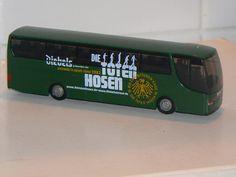 1:87 Bus Made in China  www.modelleisenbahn-figuren.com