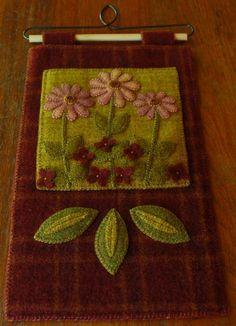 Apliques de lana modelo Rosa en el suelo por HorseAndBuggyCountry