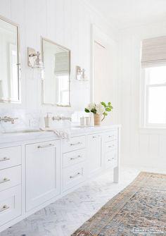 Elegant White Bathroom Vanity Ideas 55 Most Beautiful Inspirations 33 – GooDSGN white bathroom design with white vanity and white marble quartz counter and bathroom mirror with bathroom sconce and tile floor and subway tile shower Bathroom Renos, Bathroom Flooring, Bathroom Renovations, Bathroom Interior, Bathroom Cladding, Design Bathroom, Washroom, Bathroom Furniture, White Master Bathroom