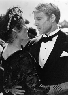 * Robert Redford and Meryl Streep * ...in 'Out of Africa' (1985)