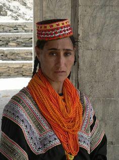 Kalash People, Hindu Kush, Indus Valley Civilization, Folk Costume, Costumes, Alexander The Great, Human Rights, Pakistan, Beautiful People