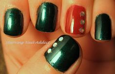 Pretty Christmas nails