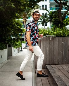8511e0e5 14 Best Men's beach outfits images | Man fashion, Male fashion, Man ...