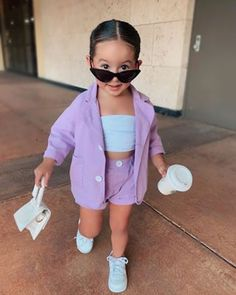 Cute Little Girls Outfits, Kids Outfits Girls, Toddler Girl Outfits, Baby Girl Dresses, Cute Baby Twins, Mix Baby Girl, Baby Girl Fashion, Kids Fashion, Outfits Niños