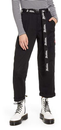 Dickies Belted Crop Utility Cargo Pants Cargo Pants Outfit, Scene Outfits, Grunge Outfits, Emo Outfits, Disney Outfits, Vans Outfit Girls, Dickie Work Pants, Skater Outfits, Outfit