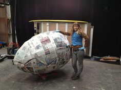 My How to Make: How to make a giant paper-mache egg