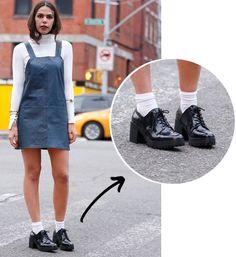 O-sapato-que-deixa-todo-look-cool-oxford-com-salto-e-meia-vestido-couro
