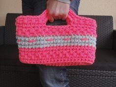 Diseño de amigurumis, bolsos de trapillo y demás accesorios de ganchillo hechos con amor.