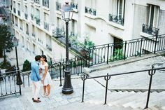 Wedding proposal in Paris // Montmartre // Romantic place #paris #engagement #proposal