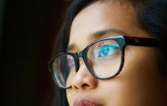 LASIK Surgery Facts: What You Need to Know For you to see properly, the cornea and the lens in your eyes need to refract light rays in order that them to focus on the retina. The retina will likely. Irlen Syndrome, Best Ted Talks, How To Read People, Sore Eyes, Eye Drops, Good Habits, Healthy Habits, Healthy Life, Tips Belleza