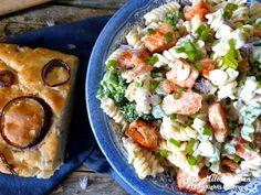 Bruschetta, Pasta Salad, Ethnic Recipes, Food, Red Peppers, Crab Pasta Salad, Essen, Meals, Yemek