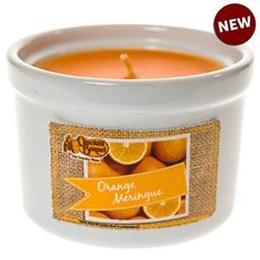 Fill your home with the delicious smell of fresh squeezed orange juice any time with the Cracker Barrel Orange Meringue Ramekin candle. Pick one up for your favorite room and hold onto the ramekin dish for multiple household uses once the candle is gone.
